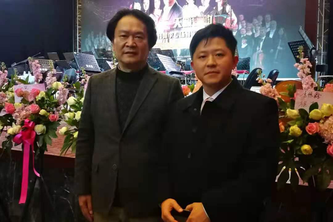 魏国锋校长与著名作曲家、四川音乐家协会主席敖昌群